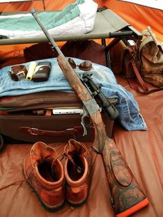 Ruger no. 1 I need this thing. Weapons Guns, Guns And Ammo, Revolver, Bushcraft, Paintball Gear, Lever Action Rifles, Firearms, Shotguns, Hunting Equipment