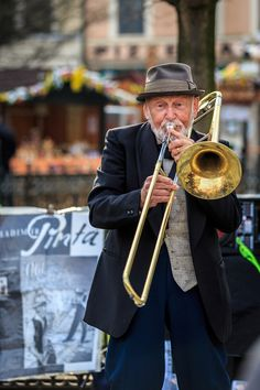 Street Musician in Prague~~
