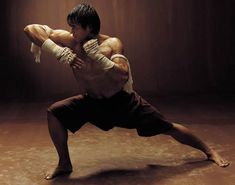 Tony Jaa - Muay Thai