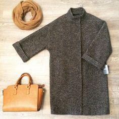 Пальто в стиле оверсайз, твид черно-бежевый елочка. Арт. 418