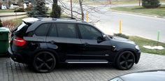BMW X5 with rims- if I had to drive an SUV, it'd be this
