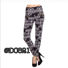 Aztec Skinny Pants On trend Aztec skinny pants. Made of poly/spandex, with gold zipper detail & pockets. OSFM brand new without tags Pants Skinny