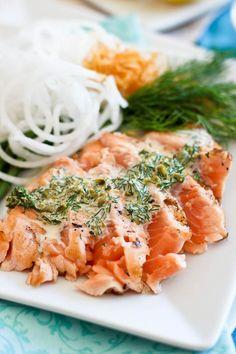 Salmon Tataki with a Creamy Lemon Dill Sauce. (The Healthy Foodie)