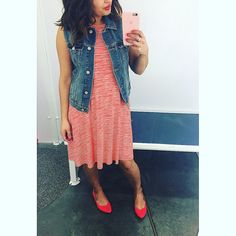 This #ootd is one of my faves! Darling stripped dress with the cutest denim vest to make this outfit perfect  paired with some cute ref flats and we r have some #OldNavyFinds #oldnavystyle  Sleeveless printed swing dress (M) $29.94 Denim vest(s) $32.94 Faux-suede ballet flats $24.94(2 other colors)