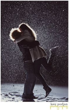 Beautiful backlit couple in the snow. I want to do this!!! <3