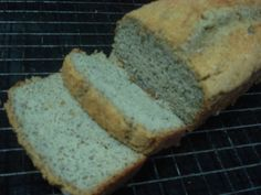 Dando continuidade aos testes com a farinha de coco com a qual fui presenteada pela Finococo , esta semana fiz este pão extremamente sim...
