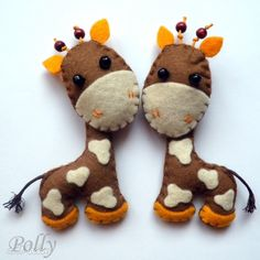felt giraffes, these are the best ones I have seen. No pattern, inspiration only.