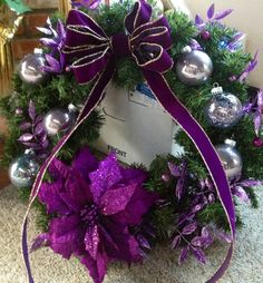 Purple christmas wreath Purple Christmas Decorations, Purple Christmas Tree, Christmas Mesh Wreaths, Christmas Door, Christmas Holidays, Christmas Crafts, Christmas Ornaments, Coastal Christmas, Scandinavian Christmas