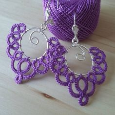 Tatted earrings for me. #tatting #tattedlace #tattedjewellery #tattedjewelry #tattedearrings #earrings #handmade #handmadejewellery #handmadejewelry #handmadeearrings