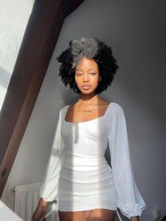 Casual Hairstyles, Black Girls Hairstyles, Cute Hairstyles, Afro, Curly Hair Styles, Natural Hair Styles, Type 4 Hair, Dark Skin Girls, Coily Hair