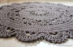 virkattukoti: Pitsimatto #2 Doily Rug, Doilies, Crochet Home, Knit Crochet, Folk Art, Free Pattern, Crochet Earrings, Elsa, Quilts