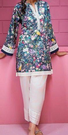 Kurti Sleeves Design, Kurta Neck Design, Sleeves Designs For Dresses, Dress Neck Designs, Salwar Designs, Kurta Designs Women, Kurti Designs Party Wear, Simple Pakistani Dresses, Pakistani Fashion Casual