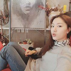 Seo Ji Hye, Korean Celebrities, Korean Actresses, These Girls, Girl Crushes, Kdrama, Asian, Actors, Scarves