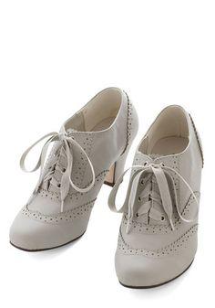 1930s style oxford shoes- Dance Instead of Walking Heel in Grey