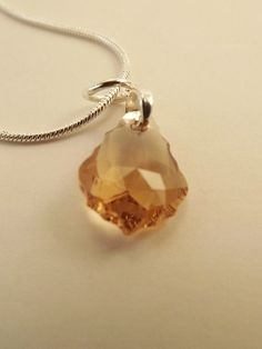 'Baroque Topaz Swarovski Pendant Necklace' is going up for auction at  9pm Wed, Jul 25 with a starting bid of $20.