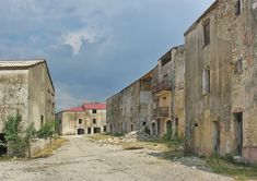 Abandoned places, have an incredible allure. This is obvously also the case with the abandoned French towns and villages dotted around l'Hexagon. Derelict Places, Derelict Buildings, Abandoned Churches, Abandoned Mansions, Abandoned Places, Places In Spain, Beaux Villages, Mountain Village, Lost City