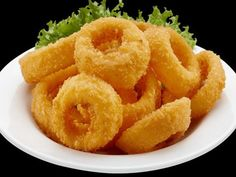 The crispy onion rings are often associated with fast food restaurants. Today we will learn how to make the Crispy Onion Rings Recipe. Yummy Snacks, Snack Recipes, Cooking Recipes, Yummy Food, Healthy Recipes, Food Network Recipes, Food Processor Recipes, Cooking Red Potatoes, Cooking A Roast