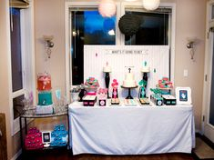 "So many great ideas for a ""gender reveal"" party baby shower!"