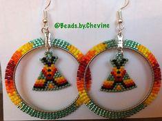 Love this pair #green #tipi #teepee #earrings #tipiearrings #beadedearrings #beadedhoops #beadedhoopearrings #beadedtipis #beads #beaded #beadedbling #like #followforfollow