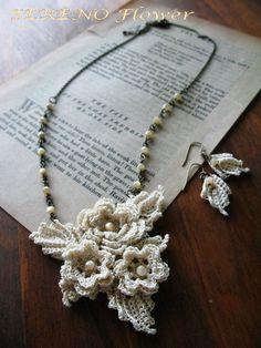Irish crochet necklace Freeform Crochet, Bead Crochet, Irish Crochet, Crochet Lace, Seed Bead Jewelry, Beaded Jewelry, Handmade Bracelets, Handmade Jewelry, Costume Jewelry Crafts