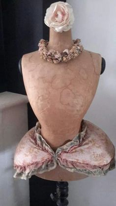 ✽ silk covered display mannequin with padded bustle