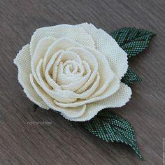 Броши ручной работы. Ярмарка Мастеров - ручная работа. Купить Брошь цветок из бисера Кремовая Роза (0416). Handmade. Роза