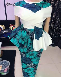 Latest Trendy Ankara Styles To Slay This Weekend African Print Dresses, African Print Fashion, Africa Fashion, African Fashion Dresses, African Attire, African Wear, African Women, African Dress, African Prints