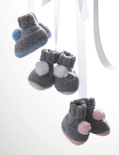 Pompom Booties in Bernat Softee Baby Solids. Discover more Patterns by Bernat at LoveKnitting. The world's largest range of knitting supplies - we stock patterns, yarn, needles and books from all of your favourite brands.