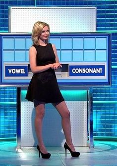 Rachel Riley in black dress wearing black pantyhose Lovely Legs, Great Legs, Nice Legs, Rachel Riley Countdown, Sexy Older Women, Sexy Women, Rachel Riley Legs, Racheal Riley, Animatrices Tv