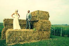 Country wedding picture idea