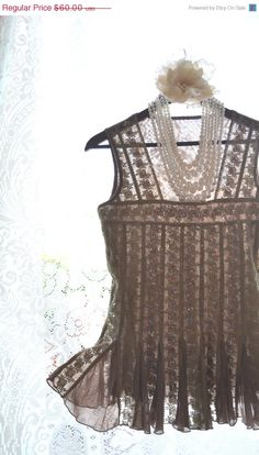 cut, lace, flowers, flow Chic Clothing, Desert Fashion, What A Girl Wants, Lace Flowers, Cottage Chic, Chic Outfits, Ballerina, Boho Chic