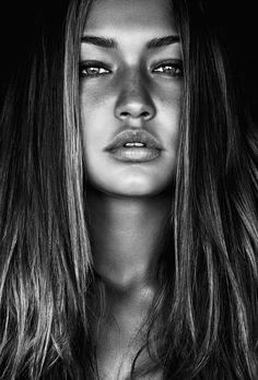 Gigi Hadid annoyingly stunning