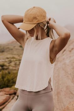 Summer workout outfits for women. Sweet and comfortable outfit… – Pictures clubs # comfortable Gym outfit ideas. Summer workout outfits for women. Sweet and comfortable outfit… – Pictures clubs # comfortable Workout Outfits For Women, Summer Workout Outfits, Fitness Outfits, Workout Attire, Workout Wear, Sport Outfits, Cute Outfits, Fitness Clothing, Outfit Summer