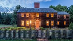 It's not every day that one comes across a Colonial-era Massachusetts home that's been dismantled and packed in the cargo hold of an 18-wheeler. Running on blind faith, a couple of brave homeowners bought the salvaged wood house sight unseen and headed north to Maine. Outdoor Lights to Give Your Home a Warm and Welcoming …