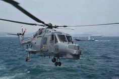 동해 미-한 합동훈련중 한국군 헬기 추락...3명 실종 - VOA Korea