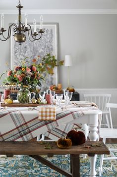 Join me in my dining room as I celebrate Autumn with lots of creative and colorful fall decor ideas and entertaining inspirating for your dining room. Dining Room Colors, Dining Room Lighting, Fall Home Decor, Autumn Home, Winter Living Room, Beautiful Dining Rooms, Fall Table, Seasonal Decor, Table Settings
