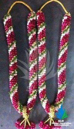 wedding garland- Dual colour rose petal garland wedding garland- Dual colour rose petal garland Visit our website for more garland ideas and make your special occasion even more flower-full. Flower Garland Wedding, Romantic Wedding Flowers, Neutral Wedding Flowers, Cheap Wedding Flowers, Wedding Flower Arrangements, Purple Wedding, Wedding Garlands, Flower Garlands, Desi Wedding