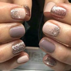 """16 atemberaubende Nail Art Trendideen für The cool thing about accent nails is that you don't need a design on every finger. Try adding black accents on all ten nails or compliment one or two. """"It can be tricky incorporating black accents to nails,"""" Winter Nail Art, Winter Nails, Winter Nail Colors, Nail Ideas For Winter, Cute Nails For Fall, Cute Nail Colors, Autumn Nails, Summer Nails, Gorgeous Nails"""