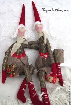 Новогодние гномы Серафим и Серафима - ярко-красный,новогодний подарок