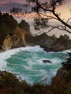 Big Sur, California via flickr