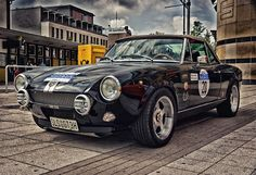 fiat 124 spider - This is a great look for the car. If I ever did the bumper delete, I'd add these rally lights. Fiat 124 Sport Spider, Fiat 124 Spider, Fiat Sport, Sport Cars, Bike Rally, Rally Car, My Dream Car, Dream Cars, Car Activities