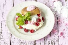 Herkuttelijan unelma Pancakes, Pudding, Breakfast, Desserts, Food, Morning Coffee, Tailgate Desserts, Deserts, Custard Pudding