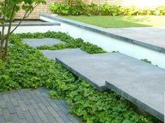 Brick House Colors, Exterior Paint Colors For House, Landscape Design, Garden Design, Landscape Architecture, Modern Exterior, Exterior Design, Garden Steps, Garden Path