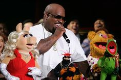 CeeLo + Muppets = perfection. #TheVoice