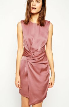 Love this color + style! Dusty pink ASOS shift dress