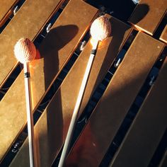 Vibraphone  Mallet Sunshine Percussion Marching Band Memes, Instruments, Music Express, Music Heals, Life Pictures, Grey Stone, Percussion, Rock N Roll, Techno