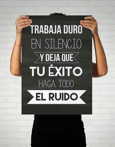 Motivational Phrases, Inspirational Quotes, Quotes En Espanol, Coaching, Spanish Quotes, Spanish Memes, Slogan, Positive Quotes, Decir No