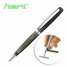 Jako oficjalny dystrybutor produków HERI,  prezentujemy modele końcówki serii: DŁUGOPIS Z PIECZĄTKĄ HERI 6511 ZIELONY W ETUI Długopis z pieczątką Heri w lekkiej obudowie z tworzywa. Dobrej jakości wkład zapewnia wysoką jakość pisania. Pieczątka zamknięta w oprawie, zapewnia dostęp do danych w poręcznej, oryginalnej formie. Pytaj w dobrych punktach stemplarskich.