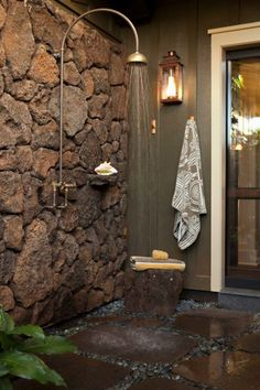 Cool Outdoor Shower Ideas For The Hot Summer Ahead #outdoorshowerideas