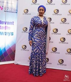 Samira Bawumia, the wife of Ghana's Vice-President (Dr. Mahamudu Bawumia) is a former beauty pageant contestant, TV host and mother of 4 children. The old 'Second Lady' seems… African Maxi Dresses, Latest African Fashion Dresses, African Dresses For Women, African Print Fashion, African Attire, African Wear, African Women, African Prints, African Style